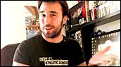 Bonjour à toutes et à tous !  At0mium accueille pour la première fois un jeu indépendant japonais dans sa chronique. Un beat'em all nerveux façon Soleil Levant.  Bon visionnage !  L'univers du jeu indépendant - Mitsurugi Kamui Hikae  - jeuxvideo.com