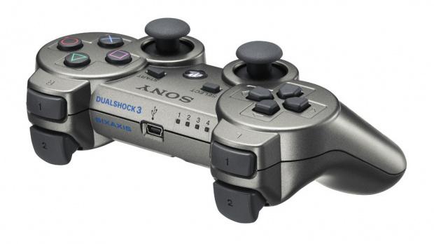 Une Dualshock 3 gris métallisé au Japon