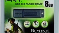 Une clé USB avec le jeu BGE en pack