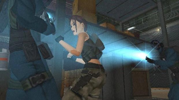 Lara by night