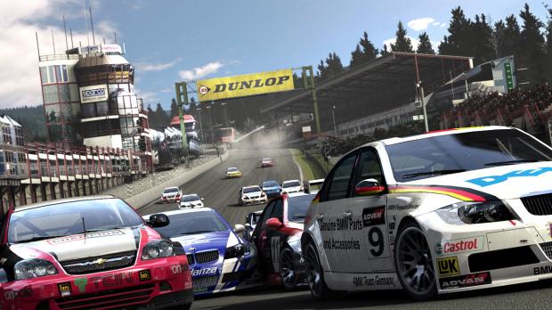 La mise à jour pour Race Driver : GRID est arrivée