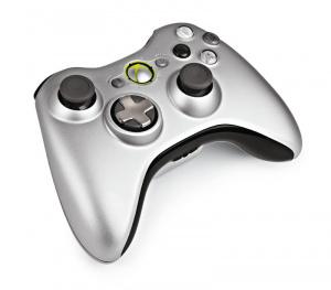 La nouvelle manette Xbox 360 en images et en vidéo