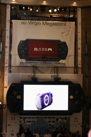 La PSP en vedette sur les Champs-Elysées