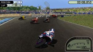 Images : Moto GP roule à tombeau ouvert sur PSP
