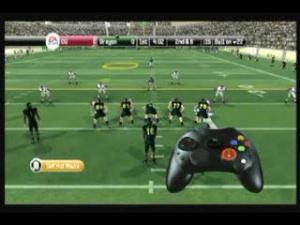 Jaquette de NCAA Football 08 : Contrôles défensifs