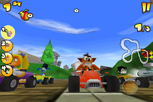 Crash Bandicoot Nitro Kart 2 iPhone - Screenshot 1