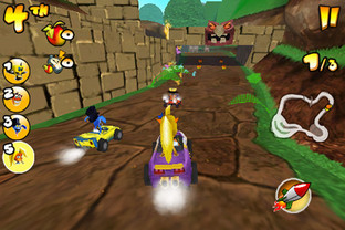 Crash Bandicoot Nitro Kart 2 iPhone - Screenshot 2