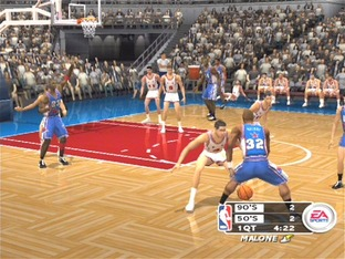 Test NBA Live 2003 PlayStation 2 - Screenshot 2