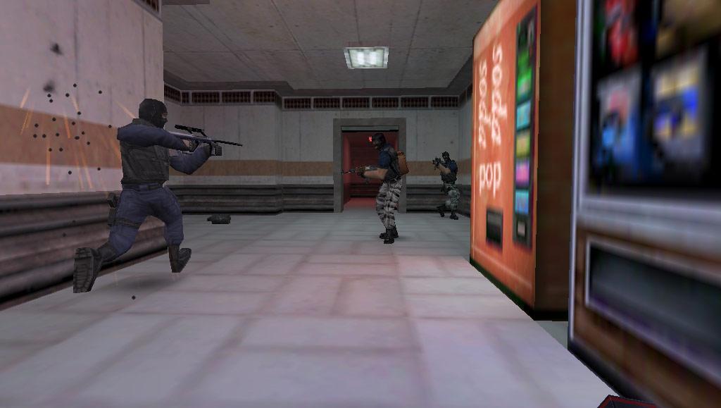 لعبة half life Counter Strike الحربية اللعبة مرفوعة برابط مباشر سيرفر المملكه