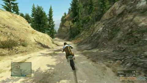 Grand Theft Auto V : 10/10 : Courses diverses (motos, triathlon...)