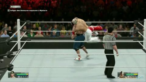 WWE 2K15 : 1/2 : John Cena raie Mysterio de la carte
