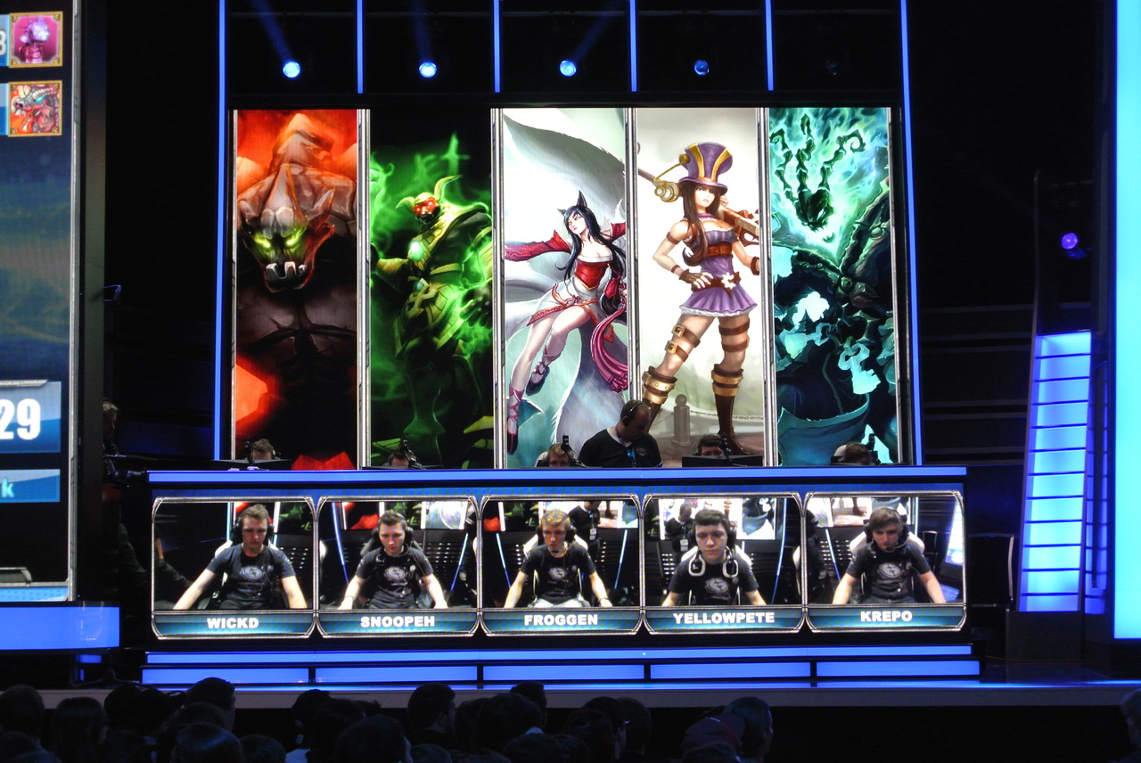 how to change video settings on league of legends