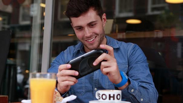 Des consoles portables aux mobiles, le jeu vidéo nomade à travers les âges !