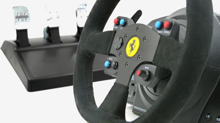 Test du volant Thrustmaster T300 Ferrari Racing Wheel Alcantara Ed. : La revanche rennaise