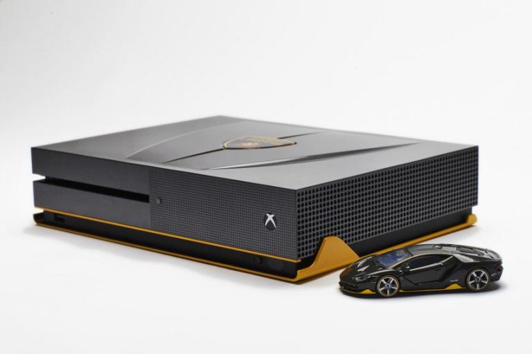 La Xbox One S se met aux couleurs de Forza Horizon 3