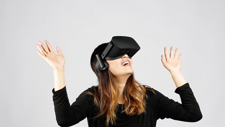 Oculus recrute : 100 nouveaux postes ouverts dans la VR
