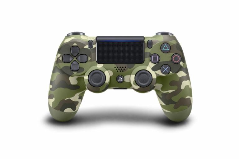 Une manette camouflage vert pour la PS4