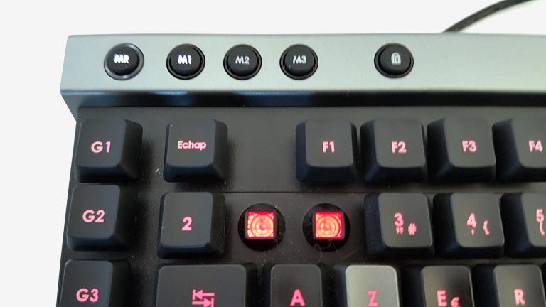 Test Corsair Raptor K30 : Un clavier membrane bien pensé à prix contenu