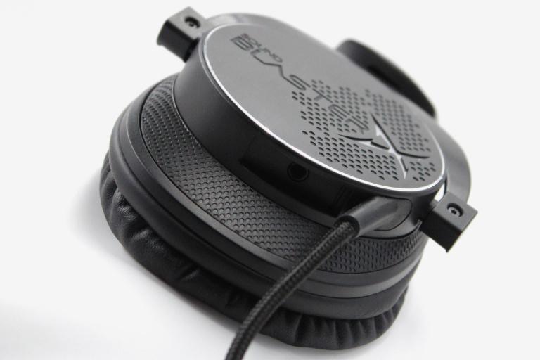 """Test du casque Sound BlasterX H7 : Le casque """"à la Papa"""""""