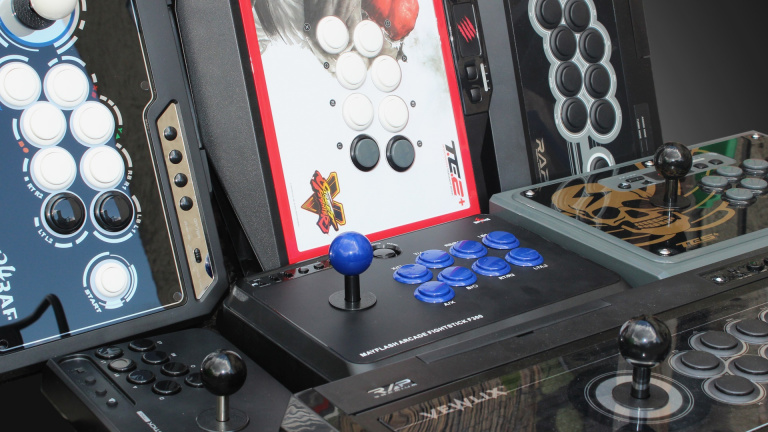 Comparatif : 12 sticks arcade à l'essai, entre 30 et 300€