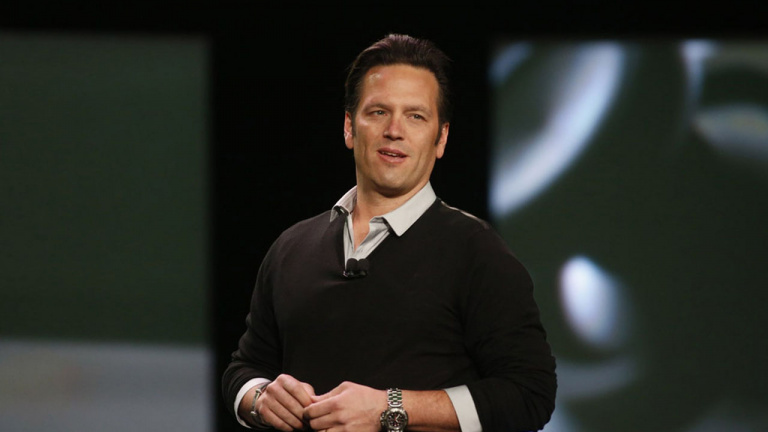 Phil Spencer monte en grade — Microsoft