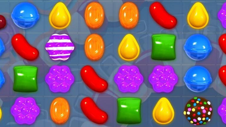 Candy Crush s'invite sur nos profils Facebook avec un filtre en réalité augmentée