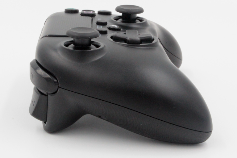 Apercu Hori ONYX PS4 Gamepad : Une vraie alternative à la Dualshock 4 ?