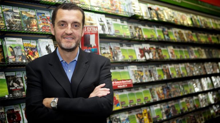L'ancien PDG de GameStop, J. Paul Raines, nous a quitté
