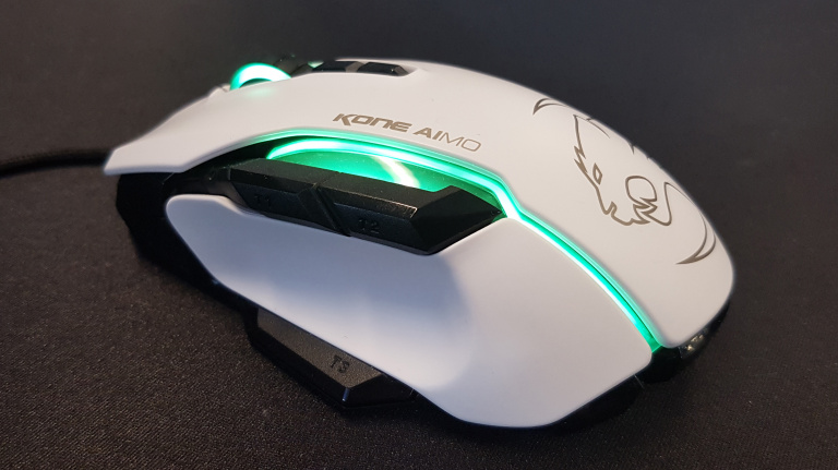 Test Roccat AIMO : Une souris, qu'elle est bien pour la conduire...