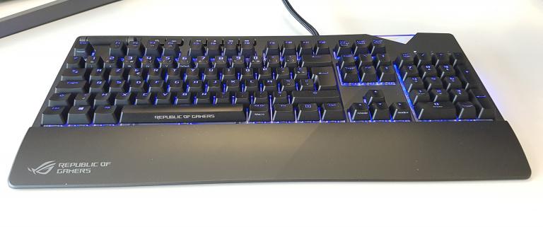 Test Asus ROG Strix Flare : Un clavier sûr pour illuminer vos sessions nocturnes