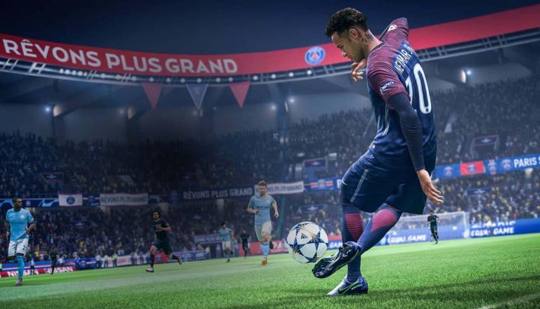 FIFA 19 : Le coup d'envoi muscle son jeu, FUT soigne ses légendes