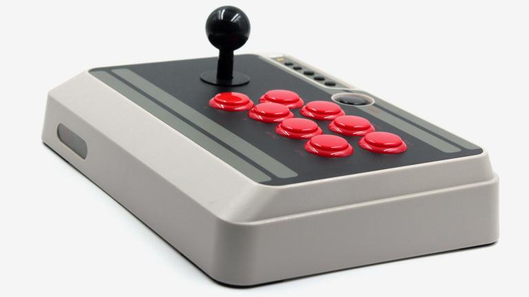 Test du 8bitdo NES30 Arcade Stick : Sans fil mais sans