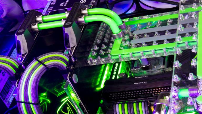 Un bureau gaming water cooled à 14000 dollars