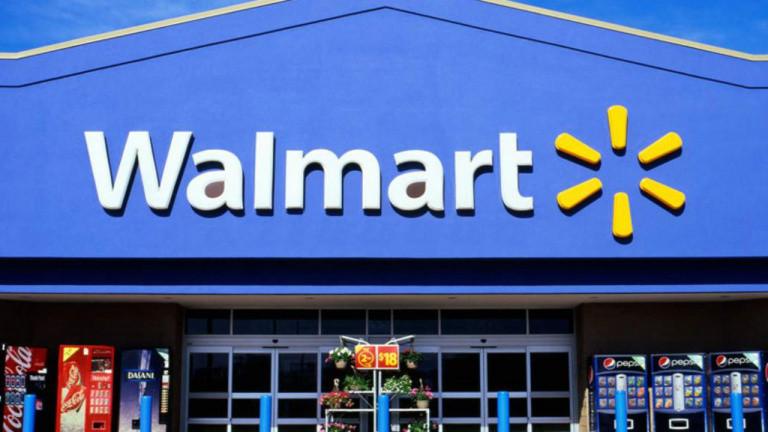 Walmart retire les affichages de jeux vidéo violents, mais pas les armes à feu