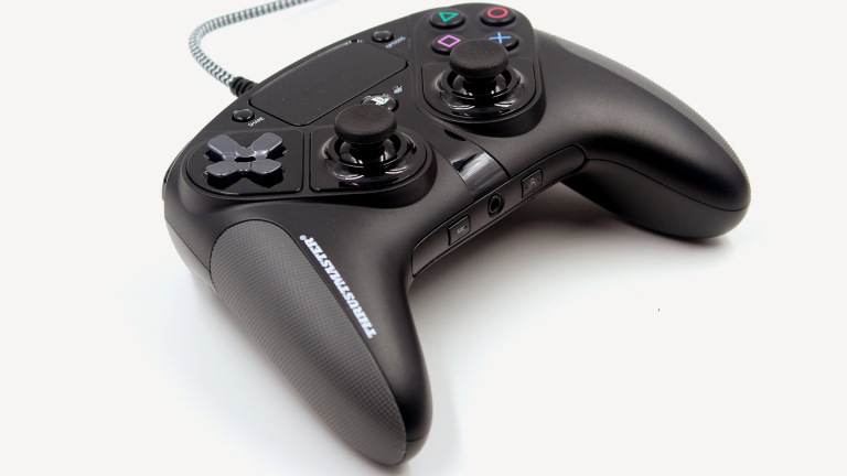 Test Thrustmaster eSwap Pro Controller : La manette PS4 ultra modulaire