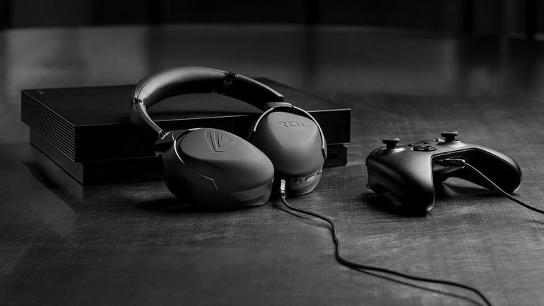 Asus ROG Strix Go 2.4 : un casque à annulation de bruit piloté par une IA