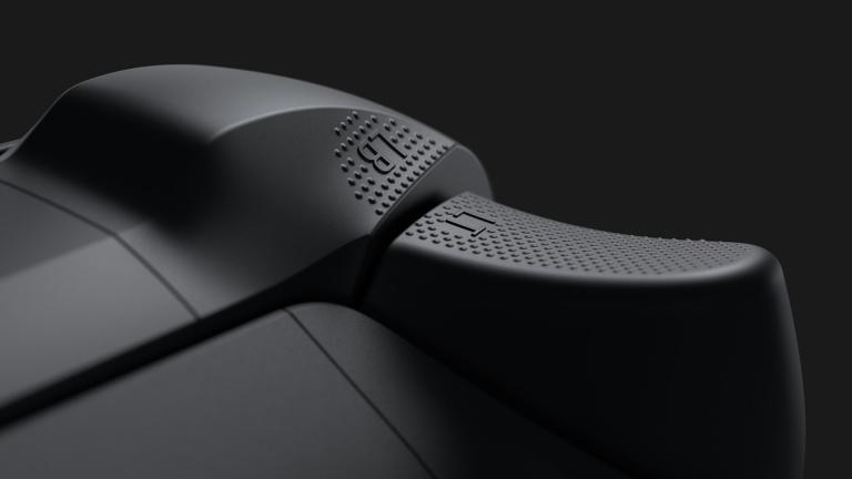 PS5 vs Xbox Series X : La manette au coeur de la bataille