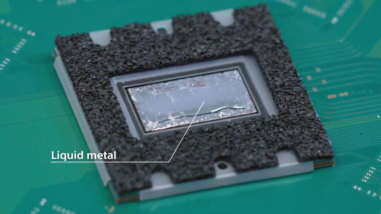 La PlayStation 5 est la 1ère console à utiliser du métal liquide : ce que ça va changer