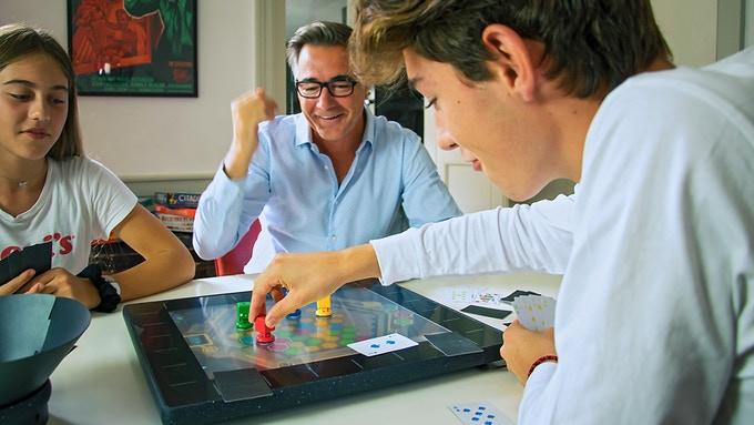 SquareOne : la console de jeu de société a déjà atteint son objectif sur Kickstarter
