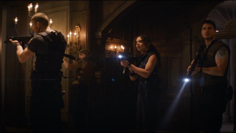 Resident Evil Welcome to Raccoon City : le sang coulera dans le film reboot, jugé particulièrement violent