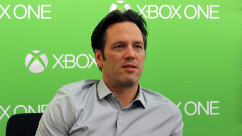 Jaquette de Phil Spencer ne sait pas si la Xbox One battra la PS4