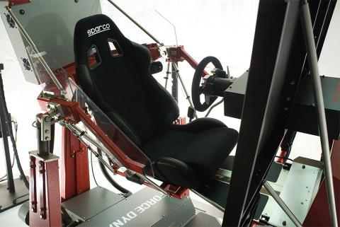 GTA 5 : Une virée à 100.000€ sur le simulateur 401cr