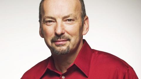 Peter Moore (EA) quitte le monde du jeu vidéo pour celui du foot