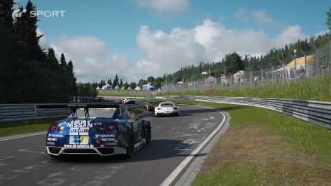 Jaquette de Gran Turismo Sport : Le Circuit Brands Hatch avec une Nissan GT-R Nismo GT3