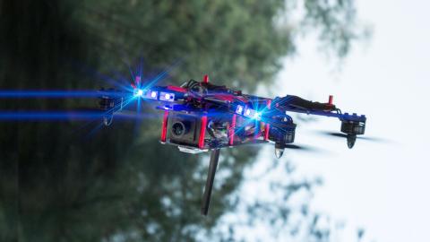 Jaquette de Course de drone dans Paris : ce que voient les pilotes...