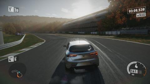 Forza Motorsport 7 : sobriété et efficacité