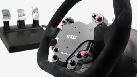 Mise à jour de notre dossier comparatif : Test du volant TS-XW RACER Sparco P310
