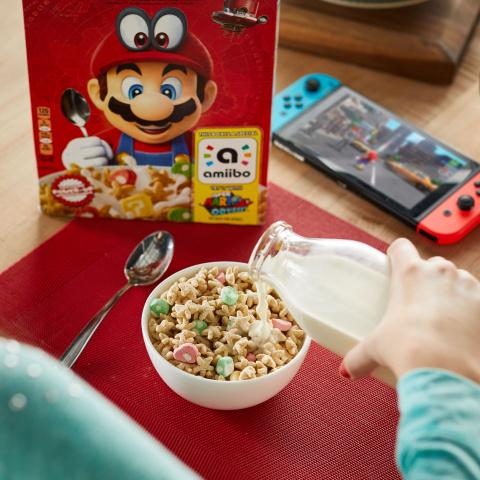 Des paquets de céréales Mario avec un amiibo en cadeau