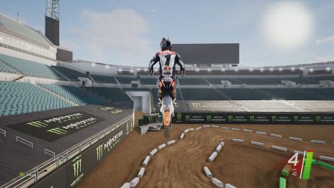 Monster Energy Supercross : un pas en avant, deux en arrière
