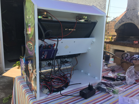 Phase 4 : Installation de l'électronique, du Raspberry Pi et du PC